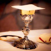 Syarat Masuk Katolik Perlu Lewati 4 Tahapan Berikut