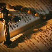 Perbedaan Katolik dengan Kristen Protestan Secara Umum